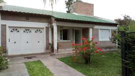 Villa Urquiza casa/c.cochera quincho 3 dormitorios