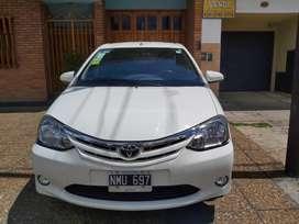 Toyota Etios xls 4 puertas