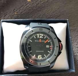 Reloj Tomy water proff