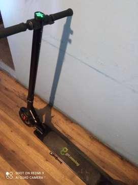 Scooter eléctrico vendo o cambio