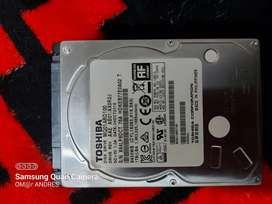 Disco duro de 1 tb toshiba en buen estado portátil o xbox