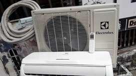 Remate aire  de 9000btu poco uso 2 mese a110v
