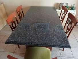 mesa de cocina o mesa de living y sillas