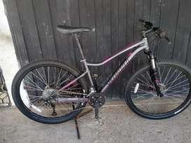 Bicicleta SPECIALIZED para dama talla M