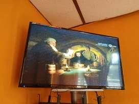 Vendo hermoso tv de 32 pulgadas jvc pantalla plana