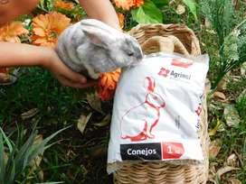 Alimento para conejo marca Agrinal o solla bolsa de 1 kilo