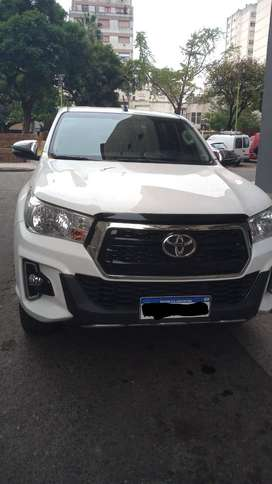 Toyota Hilux 2.8 Cd Srv 117cv At.
