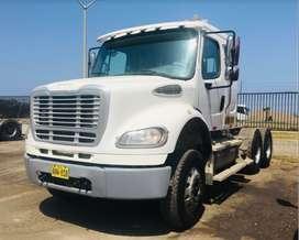 Camion Remolcador Freightliner M2112 2016
