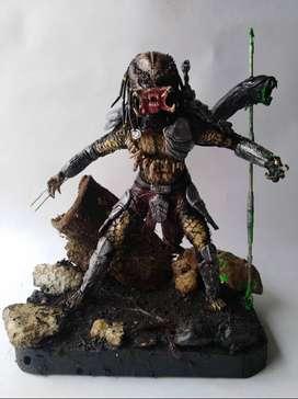 Escultura de Depredador Hecha a Mano