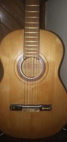 Guitarra criolla SCALZOTTO
