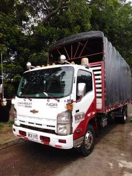 Camión NQR 2014