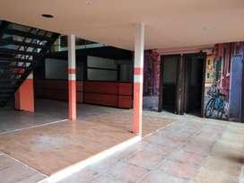 Granados, Local, 700 m2, 4 baños, 20 parqueaderos, 3 cuartos frios