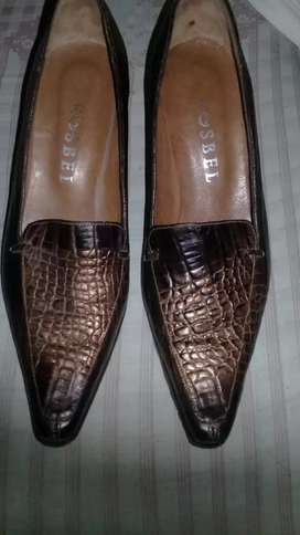Zapatos num.37