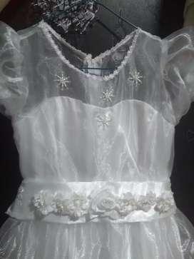 Vestido para primera comunión de niña