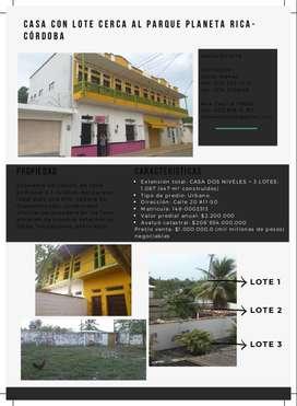 casa lote en venta más de 30 años a dos cuadras del parque principal  de Planeta Rica Cordoba