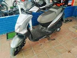 Vendo moto twist modelo 2019