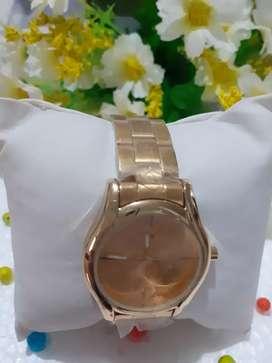 Hermoso reloj  para mujer