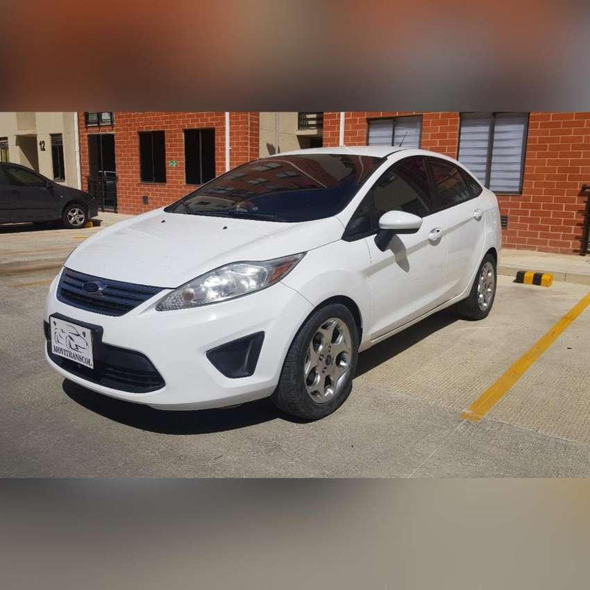 Ford Fiesta Se 2013 Mec 0