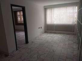 Apartamento de tres habitaciones - Colina Spring