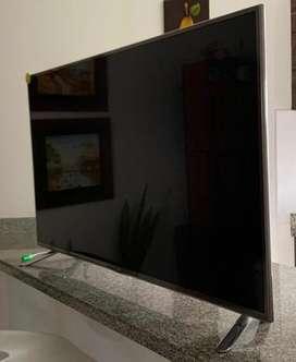 Se vende Tv Lg Smart tv (Para respuestos )