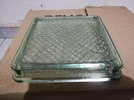 Isolux. Para terra para piso. Farol de vidrio. Baldosa de vidrio 19cm cuadrados y 4 cm de ancho. $6500
