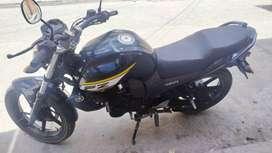 Vendo moto fz16 economica y buena moto