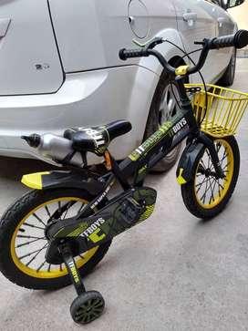 Vendo bicicleta niños 6/9 años importada reforzada