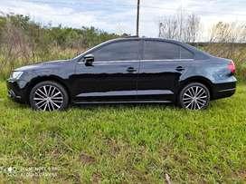 Vendo o Permuto Volkswagen Vento sportline 2.0 TSI