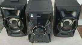 Vendo Minicomponente Sony Hi-Fi MHC-EC599. .
