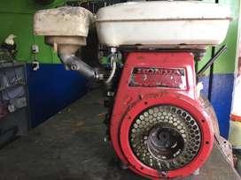 VENDO MOTOR HONDA DE 10 HP ORIGINAL USADO