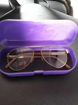 Vendo marcos de anteojos estilo aviador