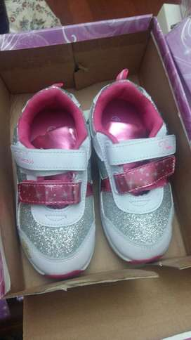 vendo zapatos disney originales
