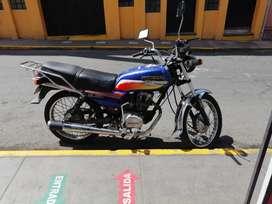 Vendo moto honda 125