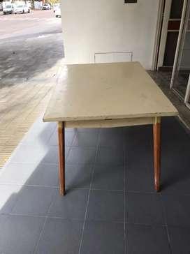Oferta. Hermosa mesa nordica antigua + 6 sillas