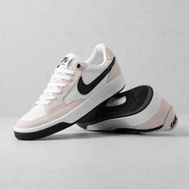 Zapatos nike SB talla 40 al 44 blanco podelos