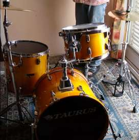 Bateria y percusin