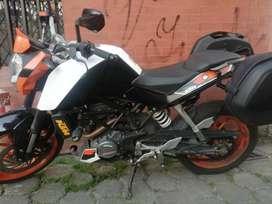 Moto KTM 200 DUKE