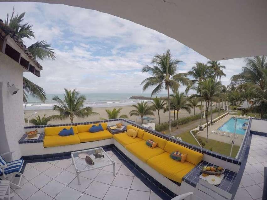 Espectacular Casa Frente a La Playa en Renta USD 350 Diarios, Casa Blanca, Centro de Same 0