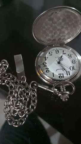 Reloj de bolsillo hermoso