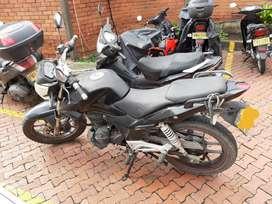 Se vende moto AKT RTX 150