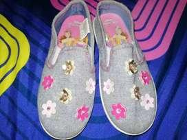 Zapatos de niña princesas