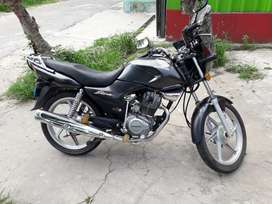 VENDO  HONDA ESTOM 125