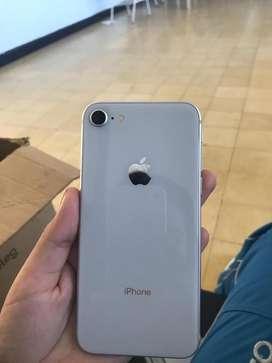 Vendo iphone 8 excelente estado de 64 gb