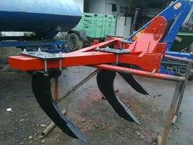 Arado de cincel tres lineas agricola TP