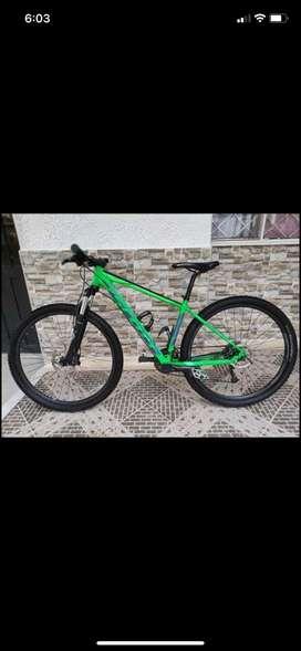 Vendo o cambio por celular bicicleta scott aspect 940