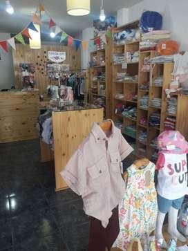 Vendo Fondo de Comercio, tienda de ropa Bebés y niños