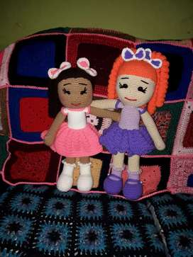Muñecas tejidas a crochet