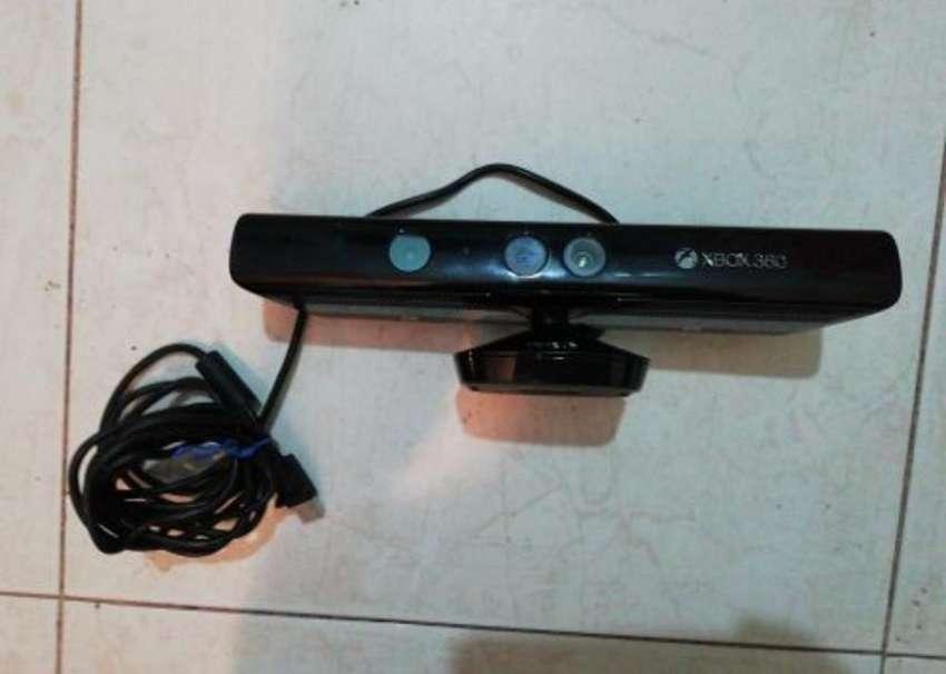 Vendo-cambio Kinect Xbox 360 0