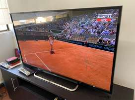 Tv 3d Smart Sony Bravia de 50 pulgadas .
