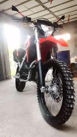 Vendo Corven TXR 250cc 9.000km